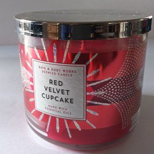 BATH & BODY WORKS / Red Velvet Cupcake